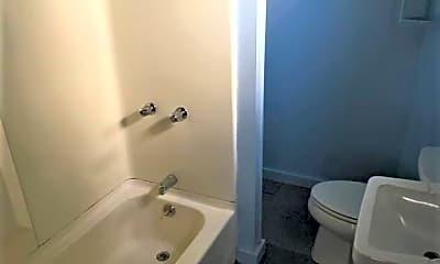 Bathroom, 227 Green St, 2