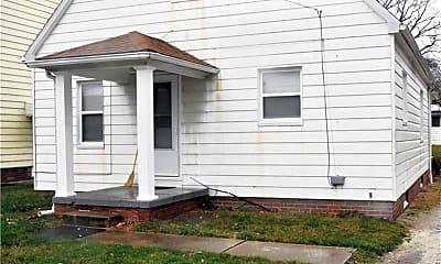Building, 912 Peerless Ave, 2