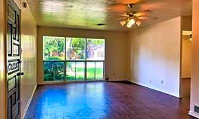 Living Room, 804 Laguna Dr, 1