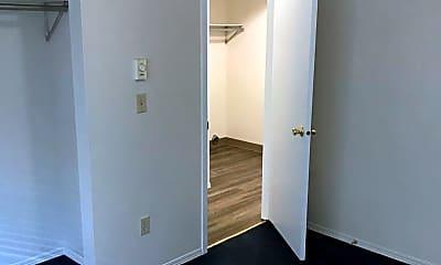 Bedroom, 1303 Garfield Ave, 2