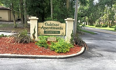 Oak Tree Apartments, 1
