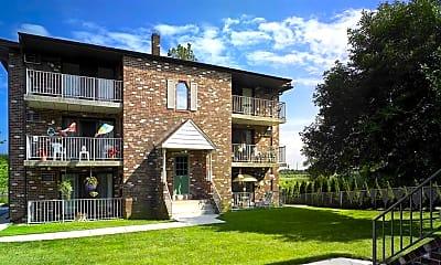 Building, Edgewater Apartments, 0