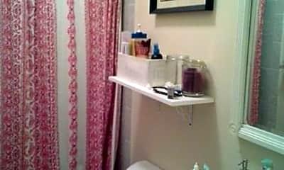 Bathroom, 596 3rd Ave, 2