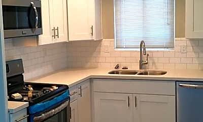 Kitchen, 33971 Malaga Dr, 1