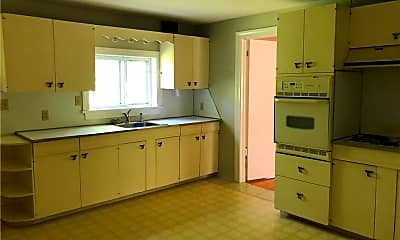 Kitchen, 720 Town Hill Rd 1, 1