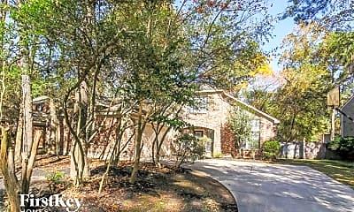Building, 30 Sylvan Forest Dr, 1