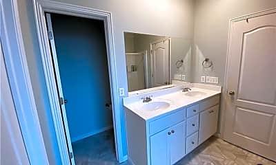 Bathroom, 2578 N Shadow Crest Dr, 2
