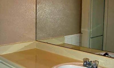 Bathroom, Newport Granada Apartments, 2