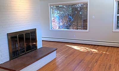 Living Room, 2880 16th St, 1