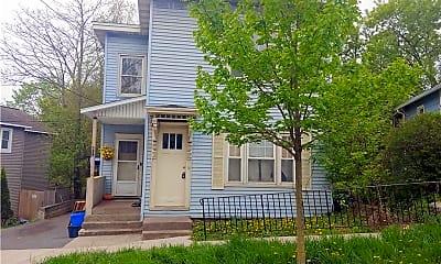 Building, 211 Oak St 2, 1
