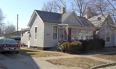Building, 1419 Woodley Ave, 1