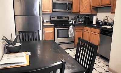 Kitchen, 144 E Woodruff Ave, 1