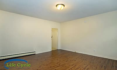 Bedroom, 1811 112th Ave, 2
