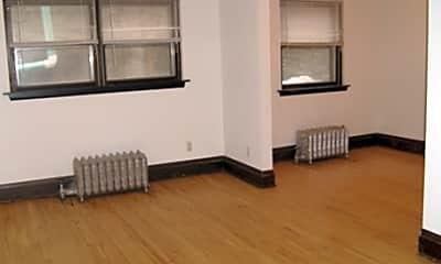225 Oak Grove Street Apartments, 2