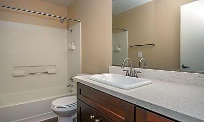 Bathroom, River Ridge Apartments, 2