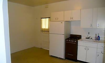 Kitchen, 201 Robinson St, 1