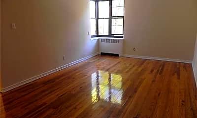 Living Room, 11 Welwyn Rd 2I, 1