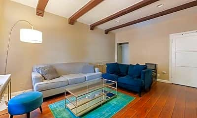 Living Room, 1142 Arapahoe St, 1