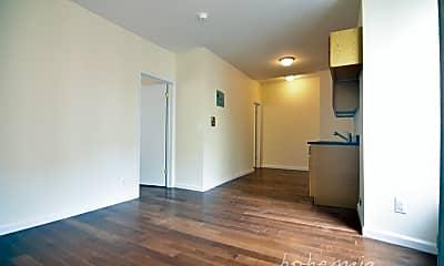 Kitchen, 707 W 180th St 4-B, 1