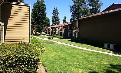 Wood Ranch Apartments, 2