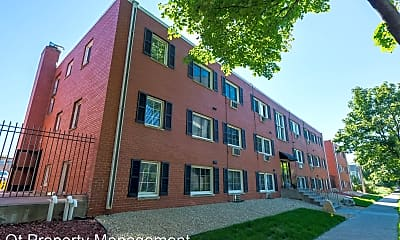 Building, 2101 21st Avenue S, 2