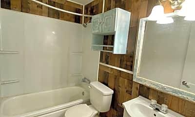 Bathroom, 1504 28th St, 2