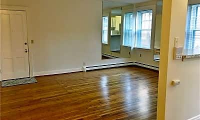 Living Room, 455 Franklin St 4, 1