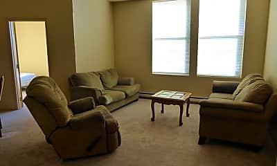 Living Room, 432 S Franklin St, 1