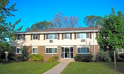 Building, N169W19862 Chestnut Ct, 0