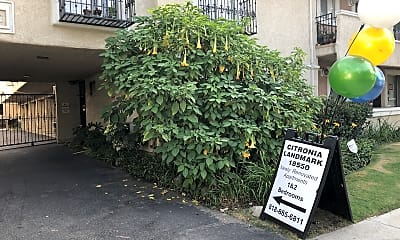 Citronia Landmark Apartments, 1