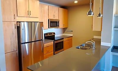 Kitchen, 412 S Nevada Ave, 1