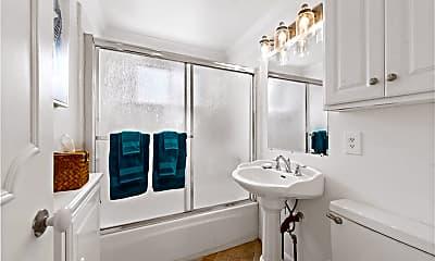 Bathroom, 224 Amethyst Ave 1/2, 2