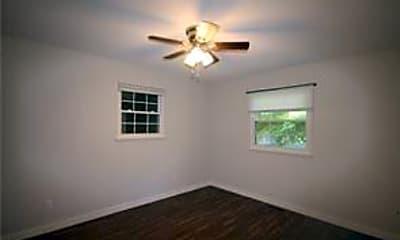Bedroom, 3 Cummings Ln, 2