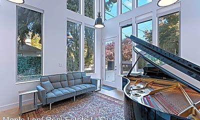 Living Room, 1009 W Howe Street, 1