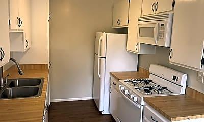 Kitchen, 2750 Piedmont Ave, 1