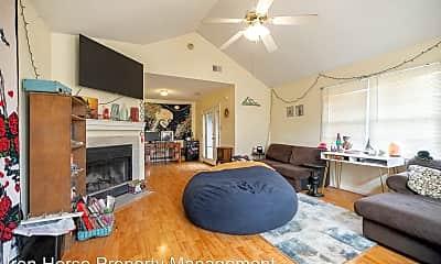 Living Room, 295 Greenwood Ln, 1