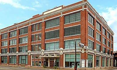Building, 2700 Canton St, 0