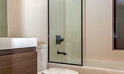 Bathroom, 87 Montrose Ave, 2