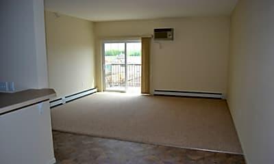 Laverne Apartments, 2