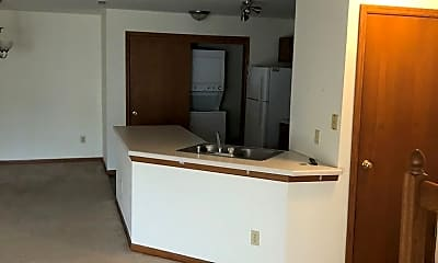 Kitchen, N25 W24011 River Park Drive, 2