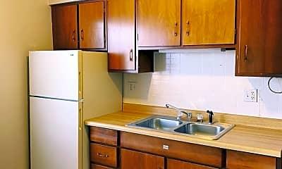 Living Room, 240 Hillcrest Dr, 1
