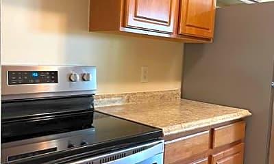 Kitchen, 220 Meadow Ln A7, 1