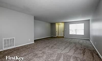 Living Room, 3119 Hemlock Way, 1