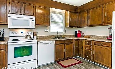 Kitchen, 75 Candytuff Ln, 1