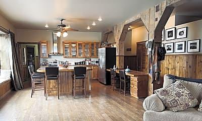 Living Room, 116 N 2nd St, 1