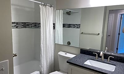 Bathroom, 1129 Lake Heron Dr 1A, 2
