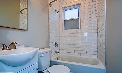 Bathroom, 1608 N Broom St 1, 2