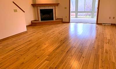 Living Room, 4103 Woodland Hills Cir, 0