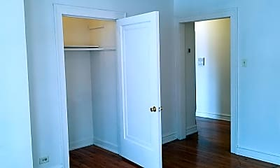 Bedroom, 8154 S Marshfield Ave, 1