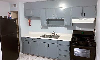 Kitchen, 760 Davis Cir SW, 1